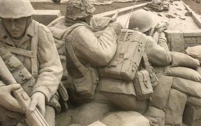 Terug in de tijd van de Tweede Wereldoorlog bij 't Veluws Zandsculpturenfestijn
